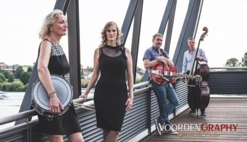 "Band ""Out of the box"" (Foto: Voorden)"